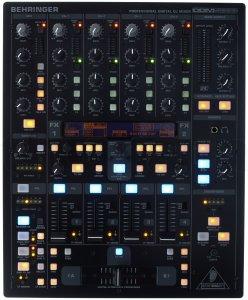 table de mixage Behringer