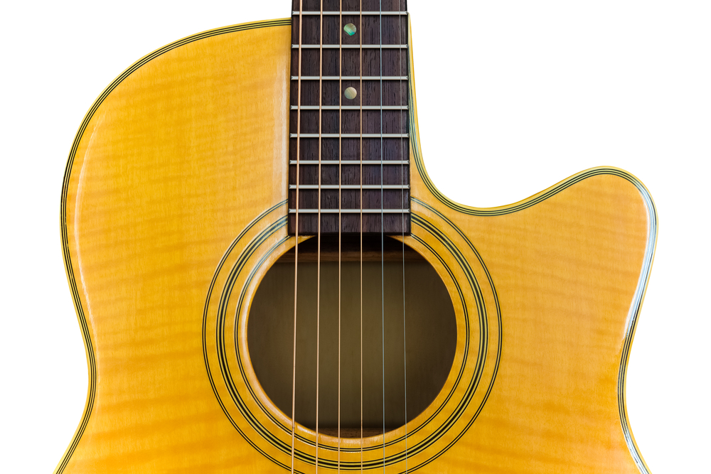 guitare folk pan coupé ( gutiare cutaway )